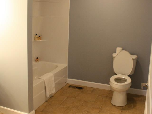 Solar Duplex Bathroom